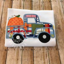 Load image into Gallery viewer, Pumpkin Truck Design