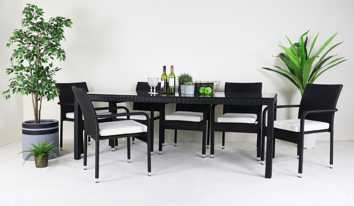 Outdoor dining set with 8 chair