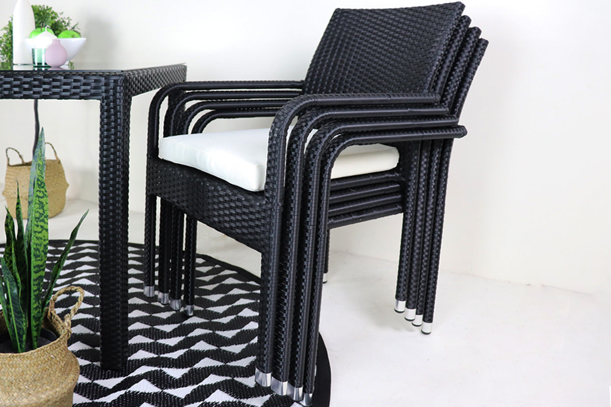 outdoor-stackealbe-dining-chairs