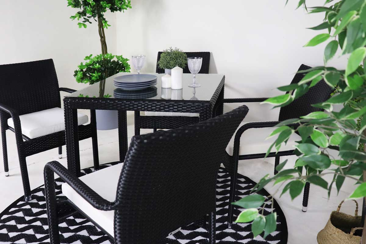 patio dining set with 4 chairs