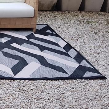 Avalon Outdoor Mat - Medium Size