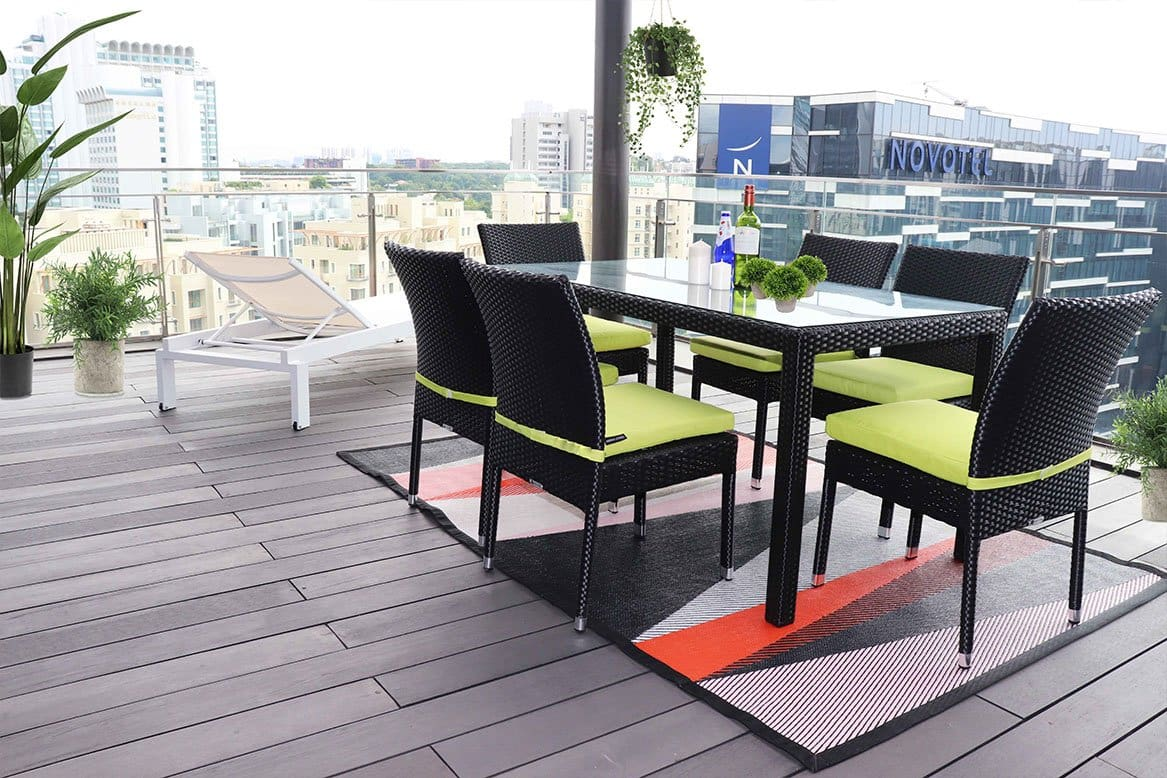 Outdoor Furniture For Hosting Party