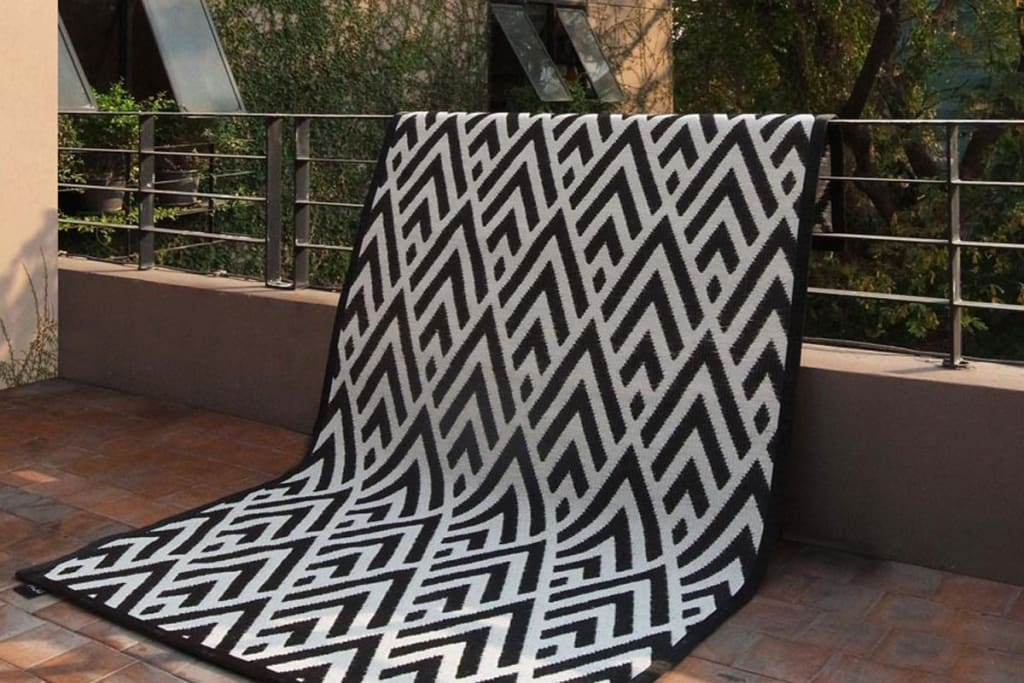 Kaiku Outdoor Mat - Medium Size