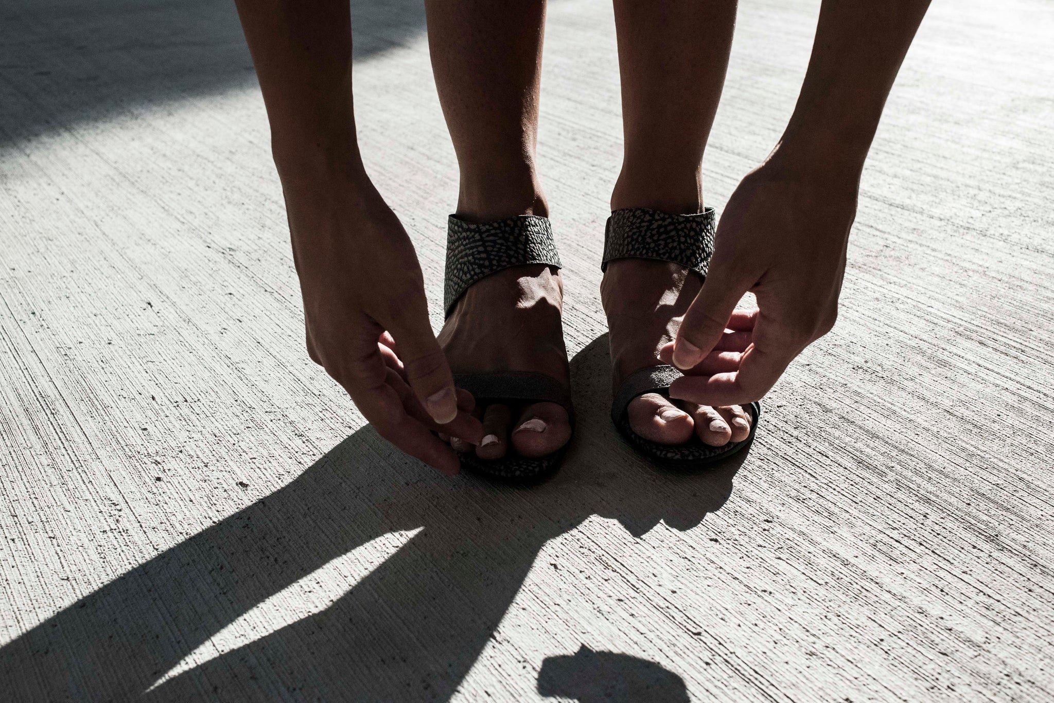 women's artisanal sandals with grey pebbled leather