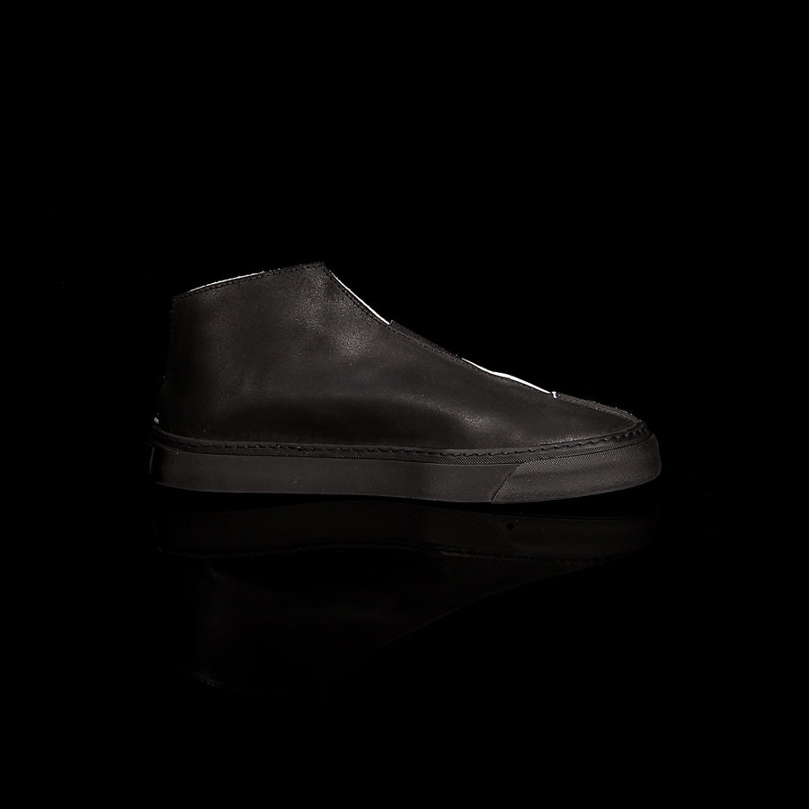 K3 / BLACK/CHALK / UNISEX LEATHER SNEAKER