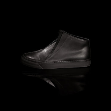 K8 / ALL BLACK / UNISEX LEATHER SNEAKER