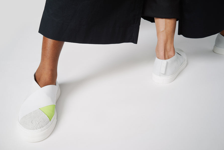 K4 / NEON WHITE / UNISEX LEATHER SNEAKER