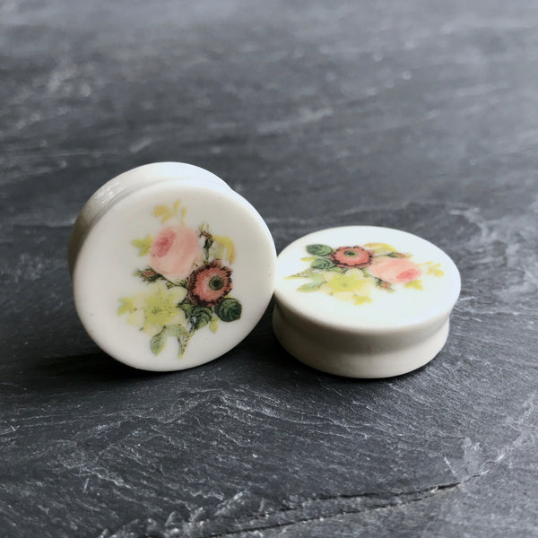 "Redouté Flower Plugs - 2g (6.5mm) through 1"" (25mm)"