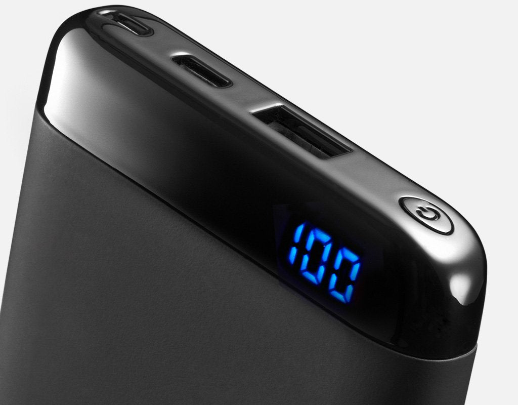 C10 power bank battery display