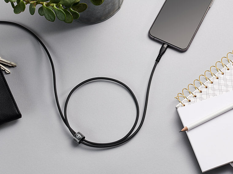 Charge and sync cable for iPhone