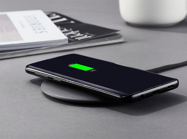 Charging smartphone on chargespot wireless charger