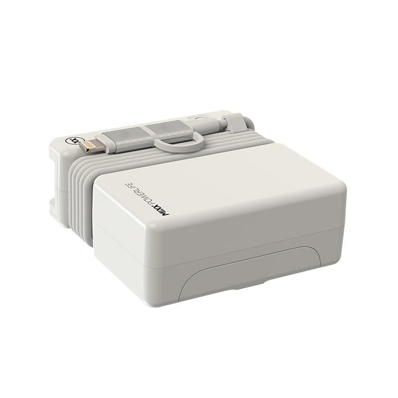 FLX Charge International travel adapter 4000mAh powerbank