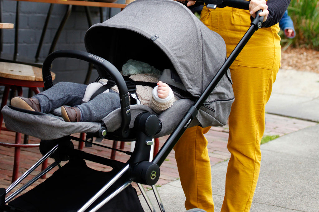 Clean a Bugaboo pram the non-toxic way