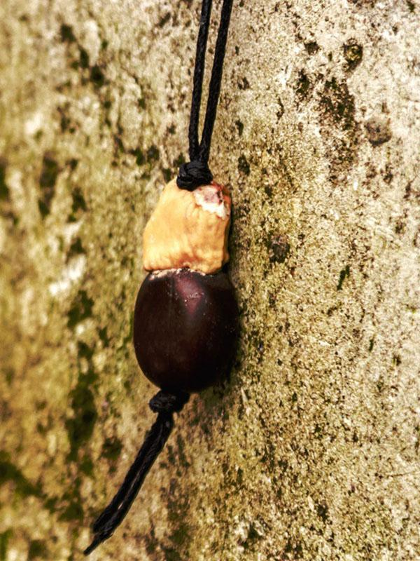 Natural National Wood Eggplant Necklace