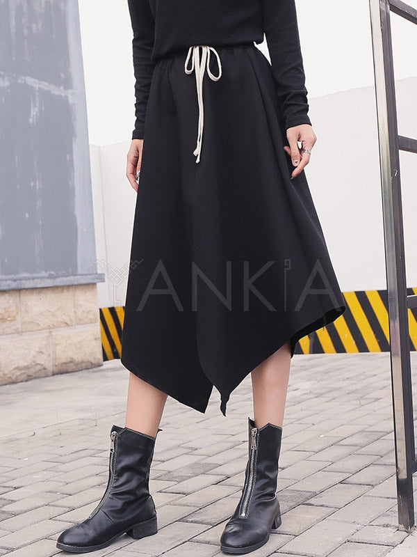 Irregular Lacing Black Skirt