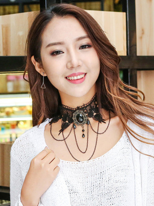 Punk Style Lacy Necklace
