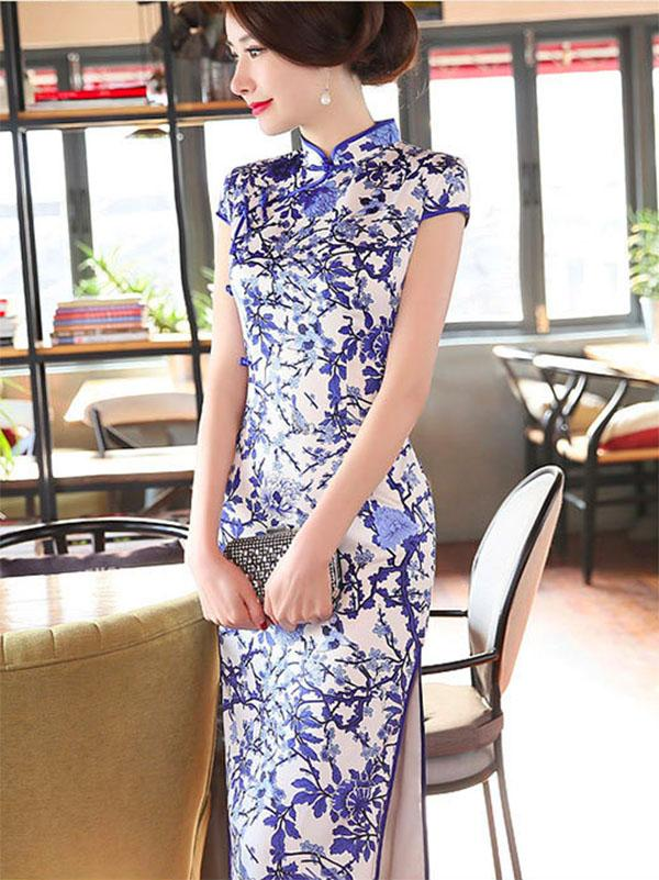 Blue and White Pattern Split-side Long Cheongsam