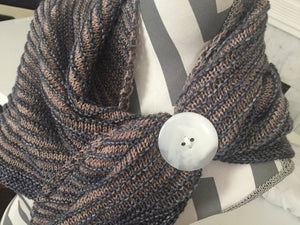 Large Button Tie 112