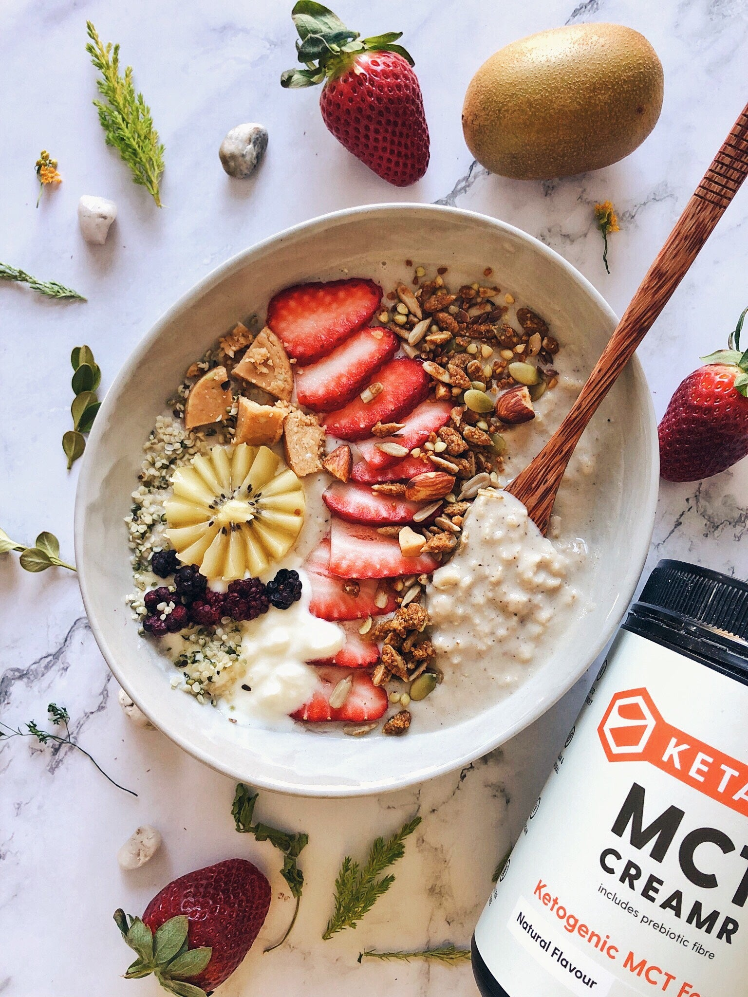 Vanilla Dream Protein Oatmeal Bowl