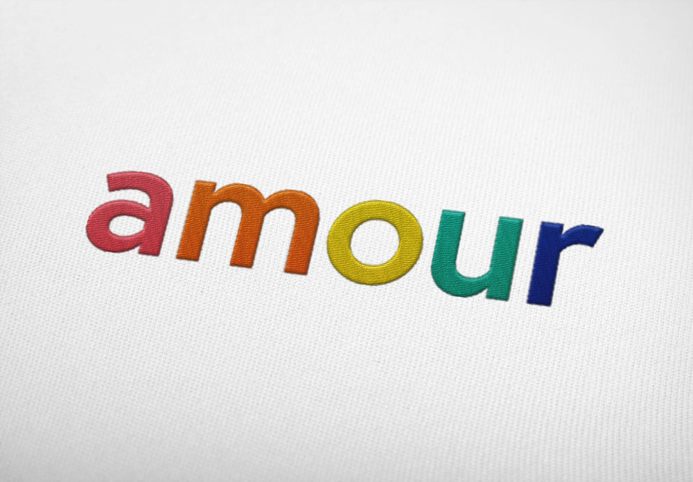 "Laden Sie das Bild in den Galerie-Viewer, AMOUR ""embroidered"" - Shirt - LGBTPQ - Shop"