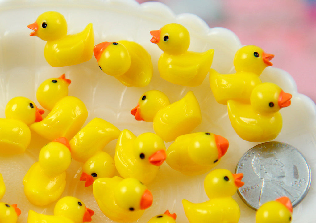 18mm Tiny Adorable Miniature Rubber Ducky - Little Toy Duck 3d Mini Plastic Decorations Acrylic or Resin Cabochons - 6 pc set