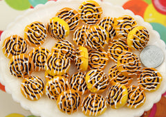 20mm Fake Cinnamon Roll Dessert Sweet Roll Cream Coffee Cake Flatback Resin Cabochons - for making fake food crafts or decoden - 6 pc set