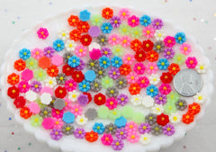 Mini Flowers - 7mm Super Tiny Mini Daisy Flatback Resin Cabochons - 45 pc set