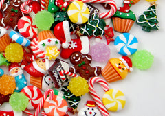 Christmas Cabochons Grab Bag - Cute Christmas Charms Mix - 50 pcs