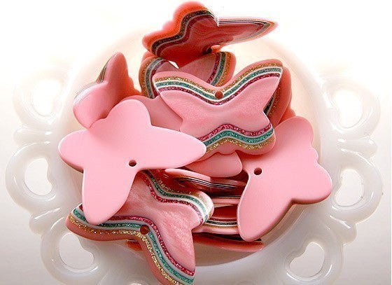 45mm Big Pink Butterfly Resin Glitter Pendants – 5 pc set