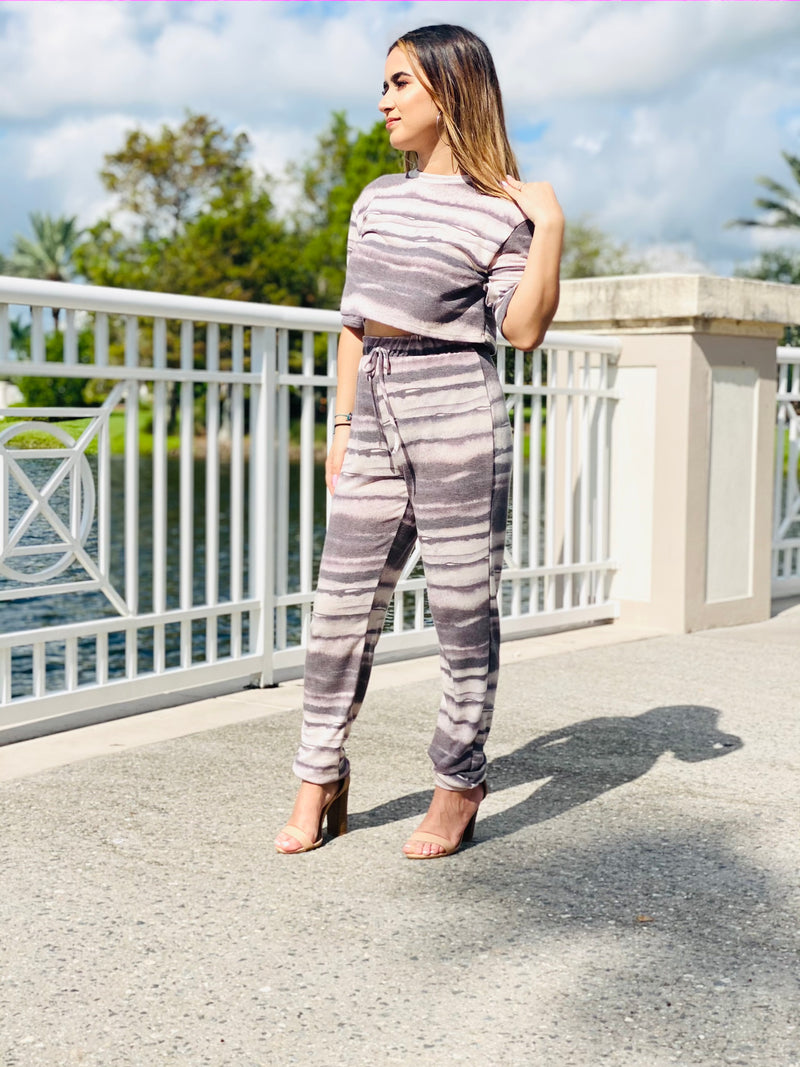 Cropped Stripe Lounge Set - TheSimKaiShoppe Fashion Women & Children's Clothing, Jewellery & Accessories