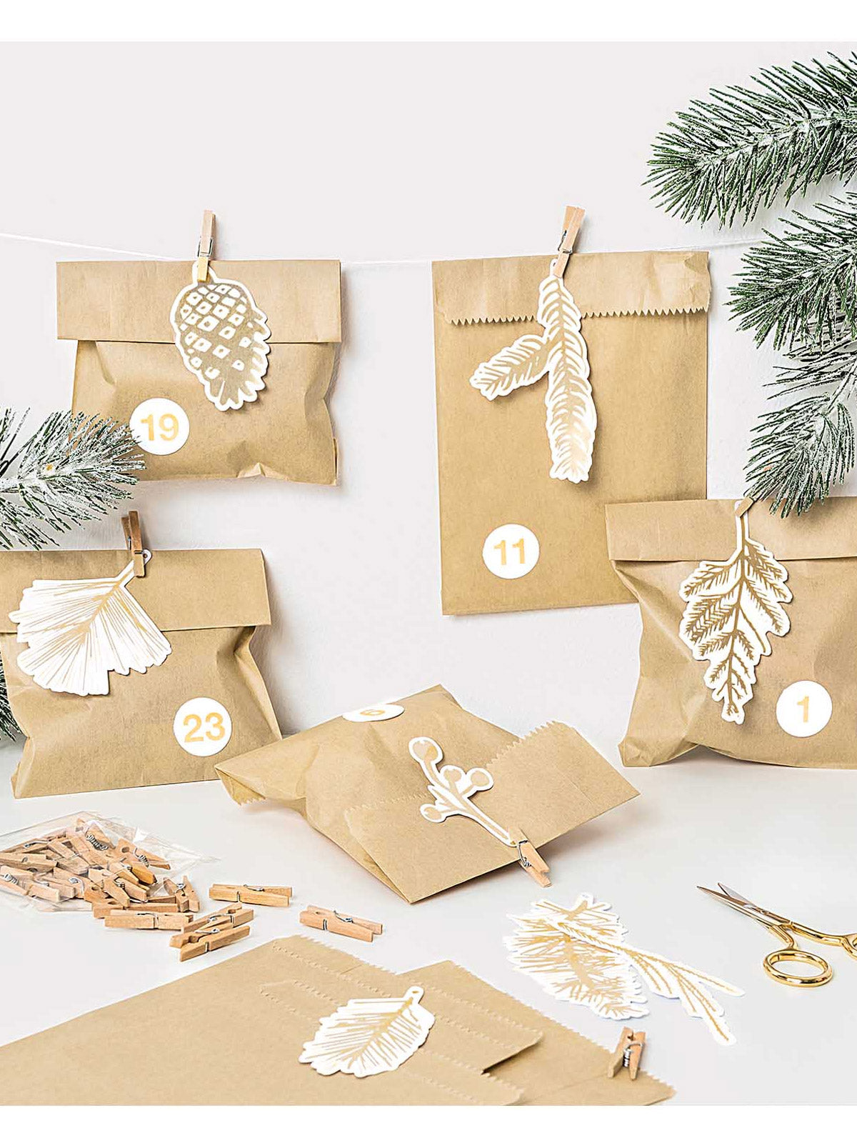 Gold branch gift tags