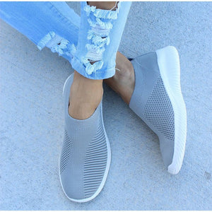 Size 35-42 Women Sneakers Female Knitted Vulcanized Shoes Casual Slip on Ladies Flat Shoe Mesh Trainers Soft Walking Footwear