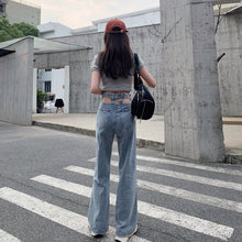 Load image into Gallery viewer, Pocket Cut Out Jeans