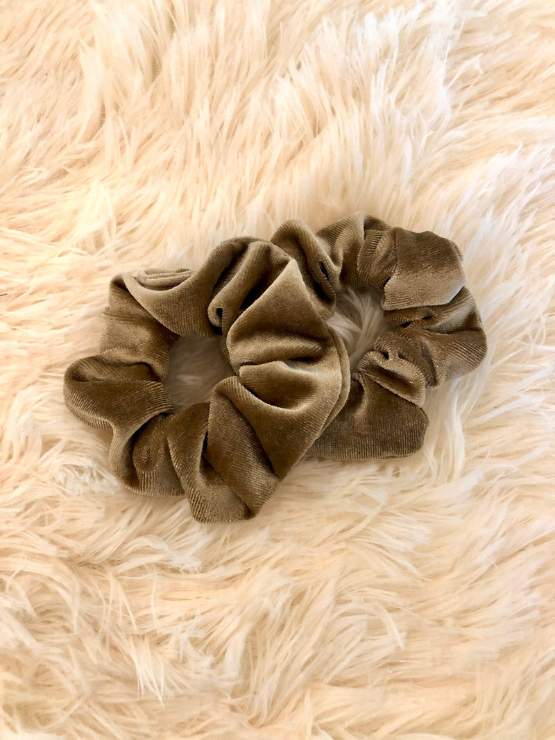 Lux Velvet Scrunchie Set