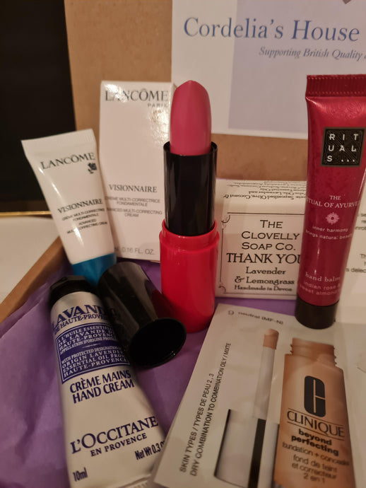Monthly beauty  and make up subscription box for women