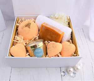 Prosecco & Clementine Luxury Gift Set. Bath Bombs,Soap,Candle.Handmade by Fizzy Fuzzy.