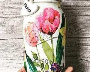 Personalised Mason Jar with a beautiful Tulip design - Artisan