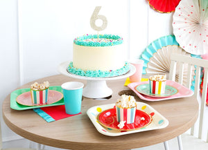 "HBD740-HIP HIP HOORAY POLKA DOT 9"" PLATES"