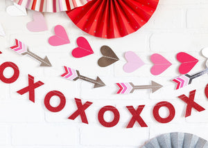 VAL107 - VALENTINE MINI BANNER SET