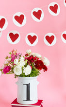 Load image into Gallery viewer, VAL506 - VALENTINE HEART & CIRCLE HEART BANNER SET