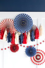 Load image into Gallery viewer, SSP207 STARS & STRIPES TASSEL BANNER