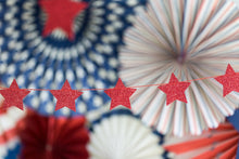 Load image into Gallery viewer, SSP202 STARS & STRIPES MINI BANNER-RED STARS