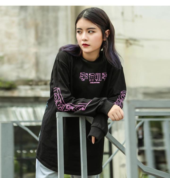 Black long sleeve demon print t-shirt  (2106500907057)