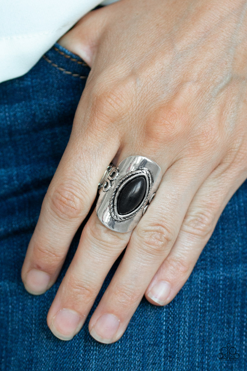 Paparazzi - PLAIN Ride - Black Ring - Classy Jewels by Linda