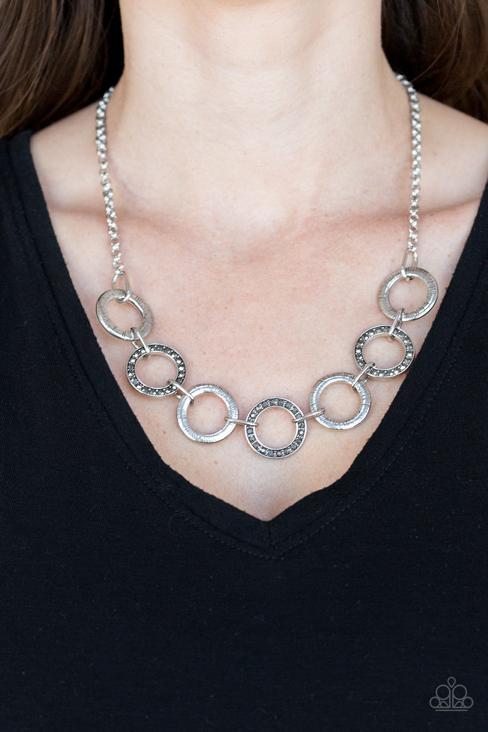Paparazzi - Modern Day Madonna - Silver Necklace Set - Classy Jewels by Linda