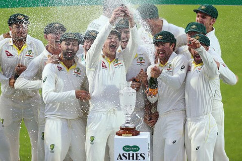 Australia celebrate retaining the Ashes 2019