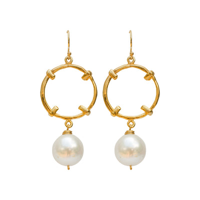 ALWAYS WEAR YOUR PEARLS • Golden Globe & Baroque Pearl