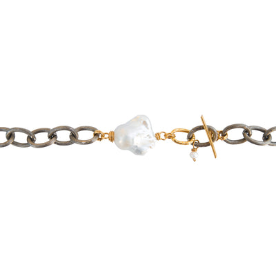 OBEY THE PEARL CODE • Diamond & Pearl Hammered Choker