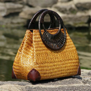 Thai version of the women's straw hand bag