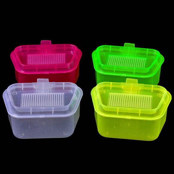 MUQGEW 1PC Fishing Tackle Box Randomly  Color Transparent Earthworm Box Fishing Accessories
